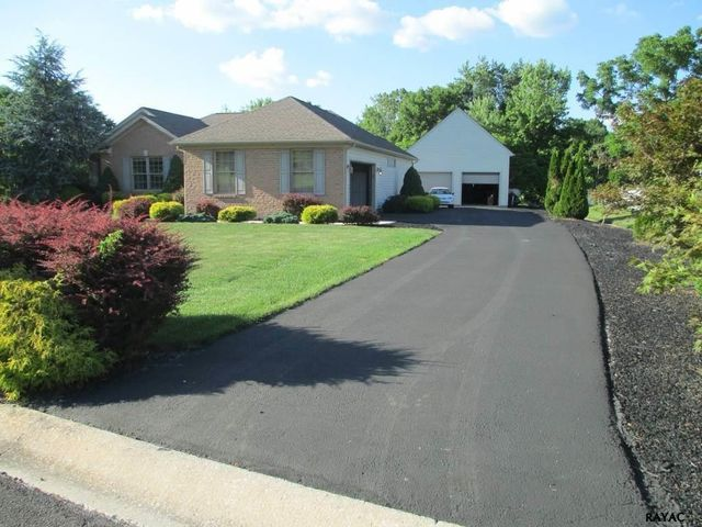 414 sweitzer ct jacobus pa 17407 home for sale real estate
