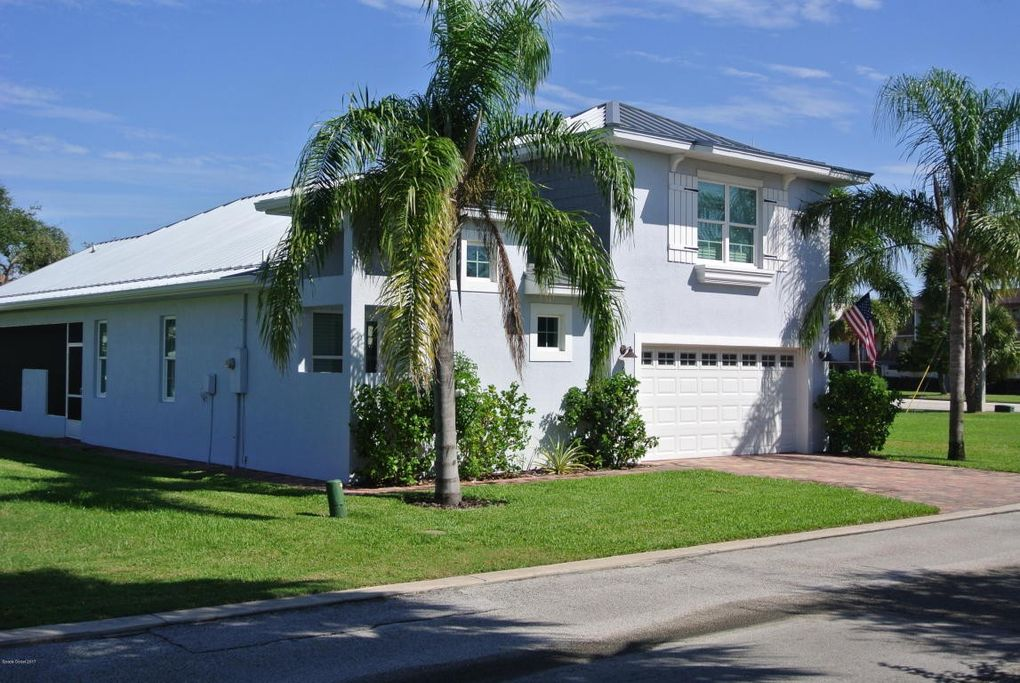 Surprising 3 Cottage Ct Cocoa Beach Fl 32931 Home Interior And Landscaping Ologienasavecom