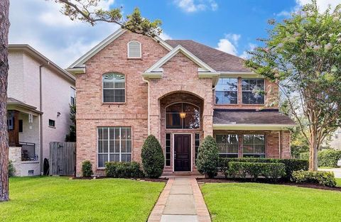 Photo of 4400 Valerie St, Bellaire, TX 77401