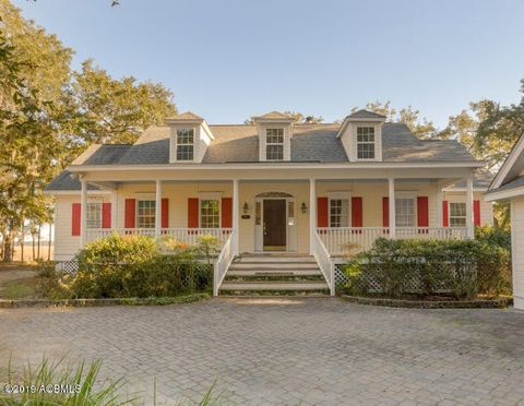 Photo of 34 Piccadilly Cir, Beaufort, SC 29907