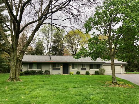Photo of 1710 Fishinger Rd, Upper Arlington, OH 43221