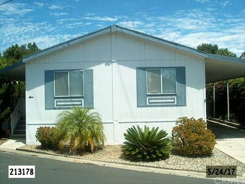 1951 47th St San Diego CA 92102