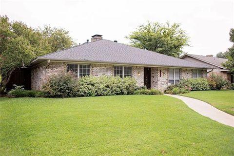 9242 Loma Vista Dr, Dallas, TX 75243