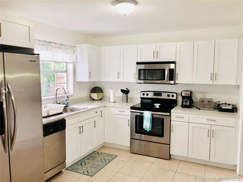 Photo of 1002 S 28th Ave, Hollywood, FL 33020