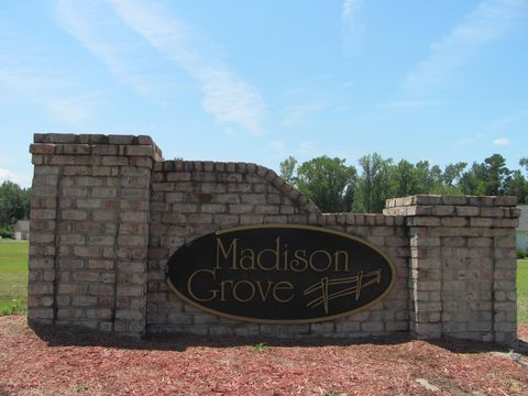 Strange Madison Grove Greenville Nc Real Estate Homes For Sale Home Interior And Landscaping Spoatsignezvosmurscom