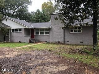 708 Jackson Ave, Leakesville, MS 39451
