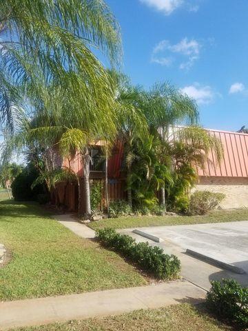 Photo of 3157 Gardens East Dr Apt A, Palm Beach Gardens, FL 33410