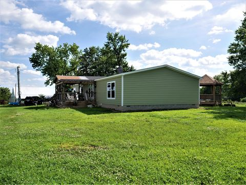 Photo of 13992 W Fm 94, Ash Grove, MO 65604