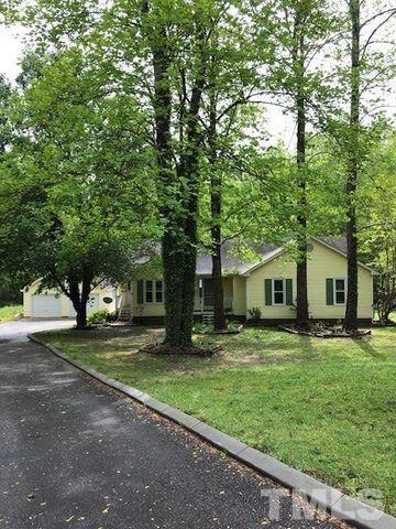 Photo of 141 Leeway Ct, Clayton, NC 27520