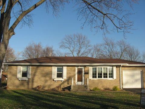 590 Jonette Ave, Bradley, IL 60915