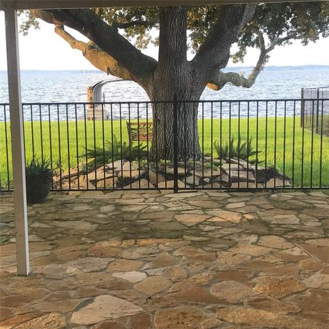 Photo of 73 Lakeview Vlg, Conroe, TX 77356