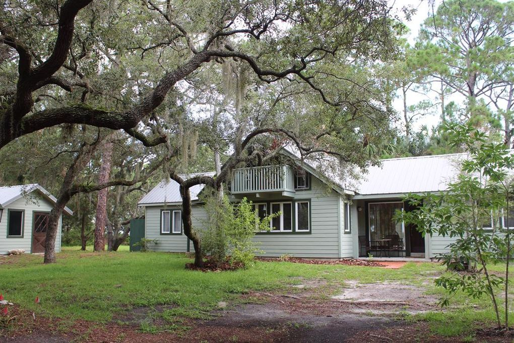 Astonishing 15651 Sunset Point Dr Cedar Key Fl 32625 Complete Home Design Collection Papxelindsey Bellcom