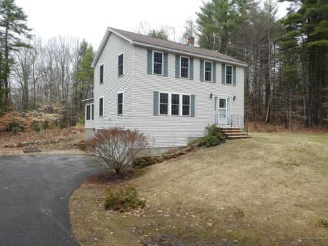 Photo of 7 Chippendale Dr, Sanford, ME 04073