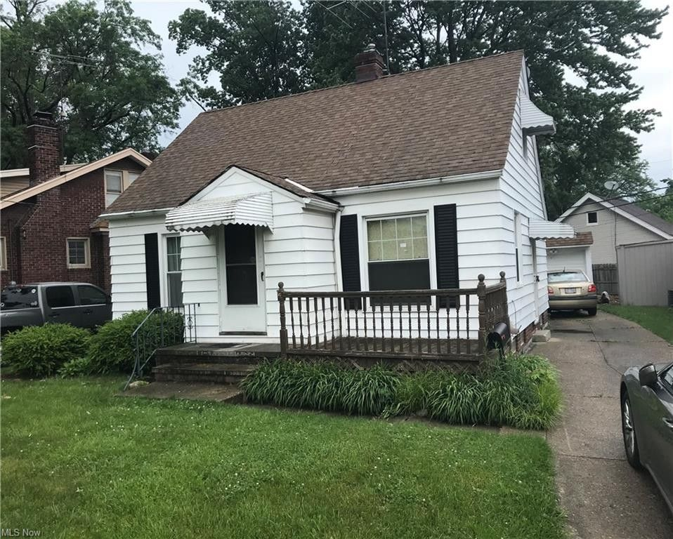 14408 Montrose Ave Cleveland, OH 44111