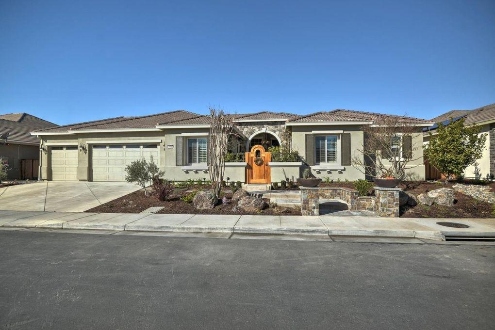 7901 Cinnamon Way, Gilroy, CA 95020