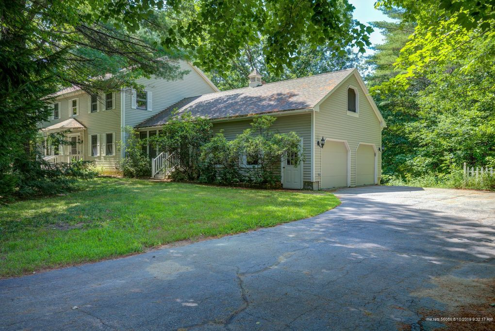 29 River Meadows Dr Standish, ME 04084