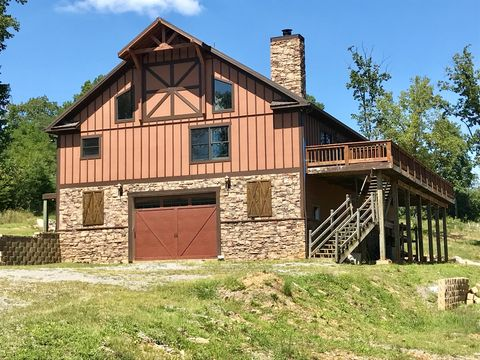 Photo of 55 Mirror Lake Rd, Dunlap, TN 37327