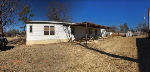 Photo of 403 S Stanley Blvd, Fort Cobb, OK 73038