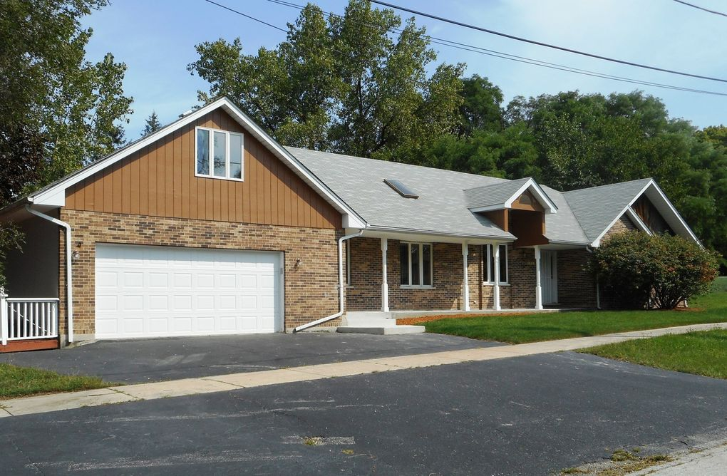 4924 154th St Oak Forest, IL 60452