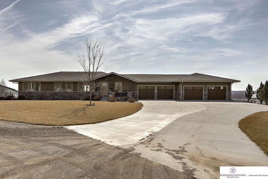 19553 Van Cir, Springfield, NE 68059