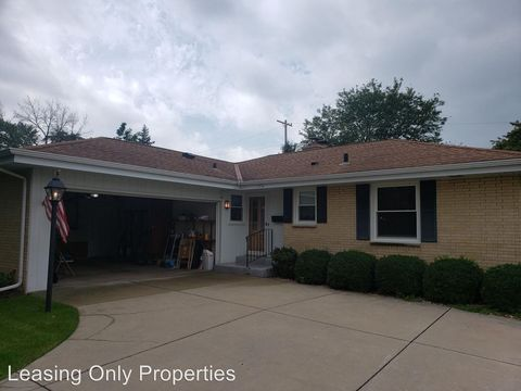 Photo of 1356 71st Dr, Union Grove, WI 53182