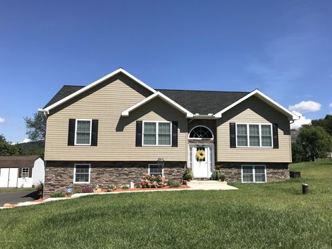 Photo of 6 Tyler Cir, Drums, PA 18222