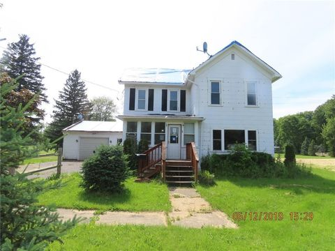 Photo of 34 Sibley St, Clyde, NY 14433