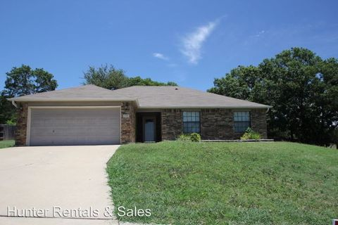 Photo of 406 W Blancas Dr, Copperas Cove, TX 76522