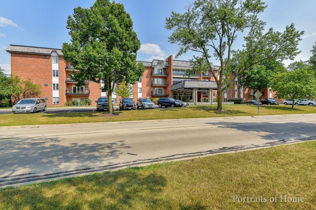 4221 Saratoga Ave Apt 203A Downers Grove, IL 60515