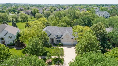 Photo of 4335 Camelot Cir, Naperville, IL 60564