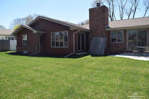 Photo of 1800 Pinedale Ave, Lincoln, NE 68506