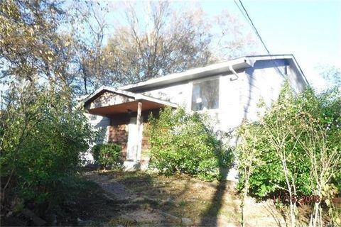 1776 Parr Rd, Wentzville, MO 63385