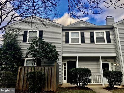 Photo of 18028 Rolling Meadow Way Unit 280, Olney, MD 20832