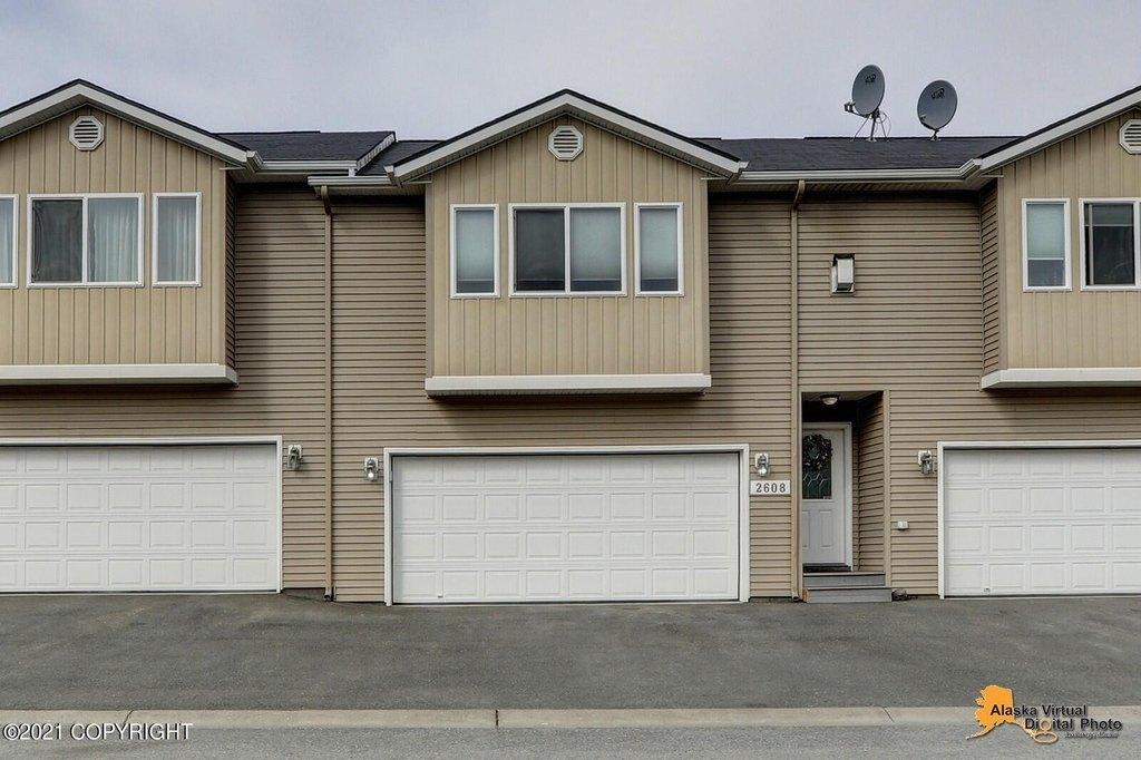 2608 Aspen Heights Loop Anchorage Ak, Anchorage Garage Door
