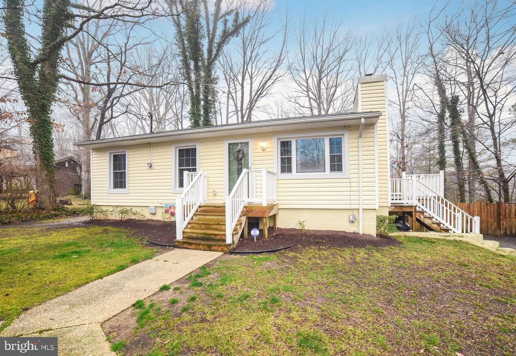 12621 Corral Dr Lusby, MD 20657
