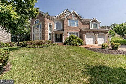 Photo of 8502 Summershade Dr, Odenton, MD 21113