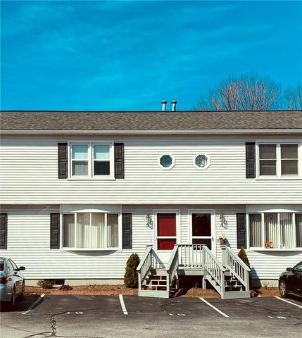 Photo of 23 Benefit St Apt 15, Warwick, RI 02886