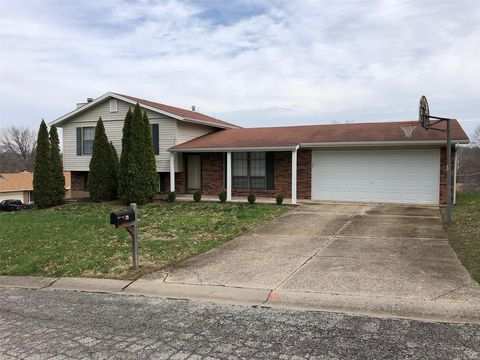 Photo of 29 Greenfield Dr, Saint Peters, MO 63376