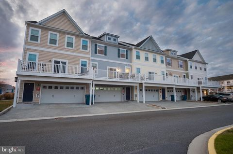 Photo of 9905 Seaside Ln Unit 2, Ocean City, MD 21842