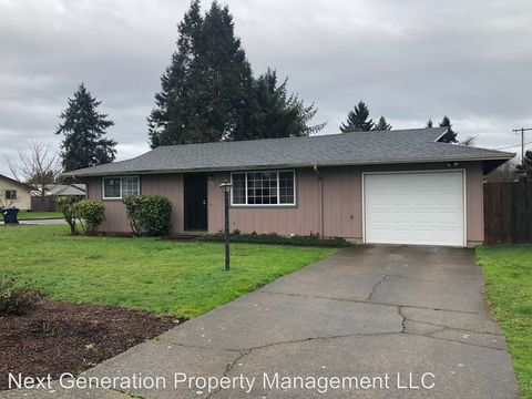 Photo of 3797 Cherokee Dr, Springfield, OR 97478