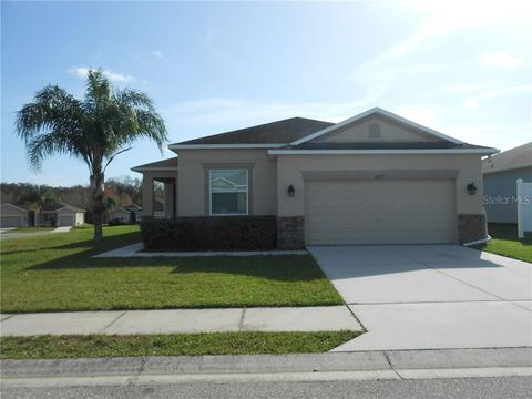 Photo of 4877 Hickory Stream Ln, Mulberry, FL 33860