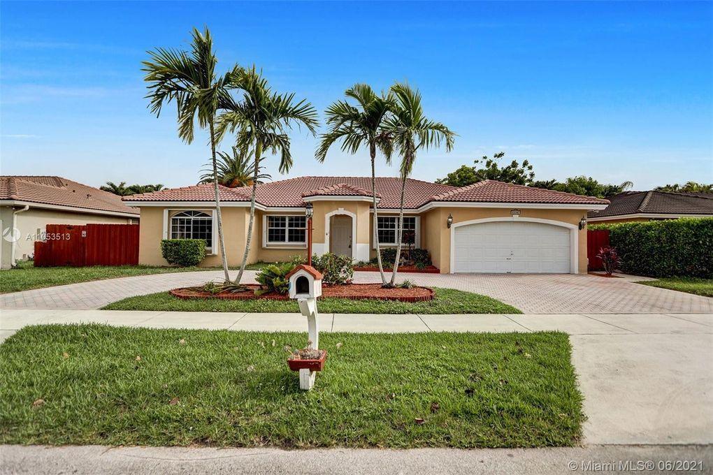 15307 SW 171st St Miami, FL 33187