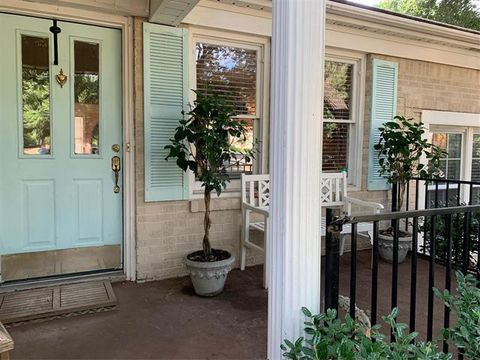 Photo of 8423 Midway Rd, Dallas, TX 75209