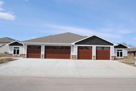 Photo of 1208 Se 7th Se, Milbank, SD 57252
