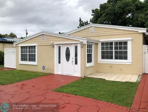 Photo of 1279 Ne 181st St, North Miami Beach, FL 33162