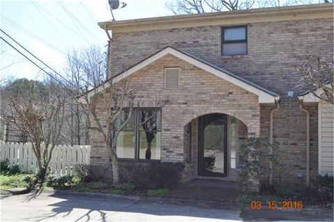 Photo of 3497 Lakeside Ct, Somerset, KY 42503