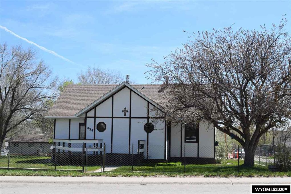 854 S 2nd St Glenrock, WY 82637