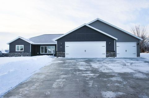 Photo of 129 Mustang Ln Ne, Melrose, MN 56352