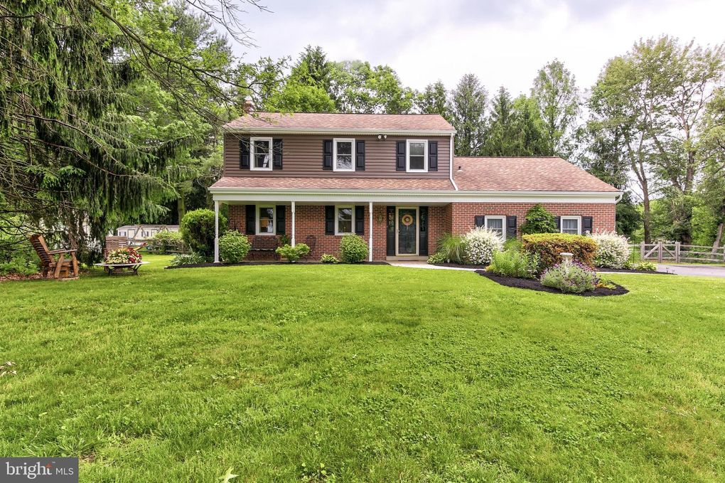 1607 Washington Ln West Chester, PA 19382