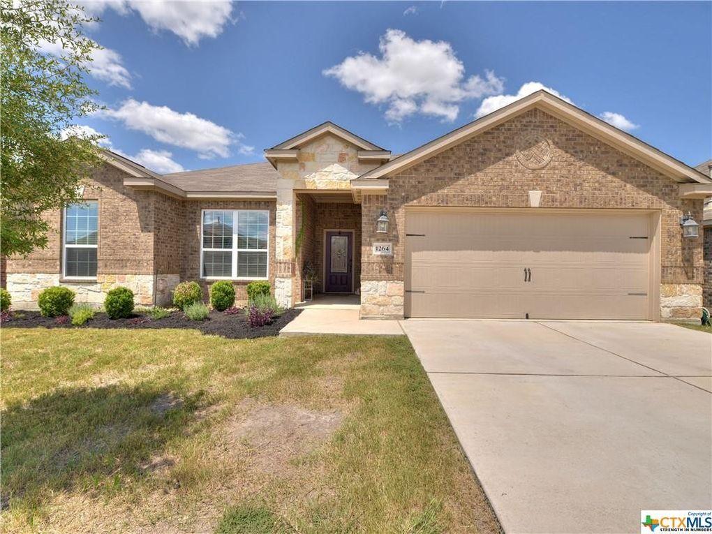 1264 Twin Estates Dr Kyle, TX 78640